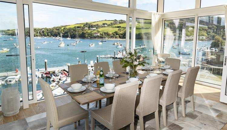 Miraculous Coast And Country Cottages Salcombe Visit Devon Download Free Architecture Designs Scobabritishbridgeorg