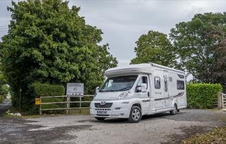 Teign Valley, Barley Meadow Camping and Caravanning Club Site