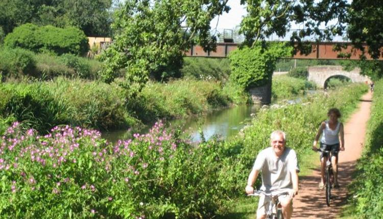 Cycling along Tiverton canal