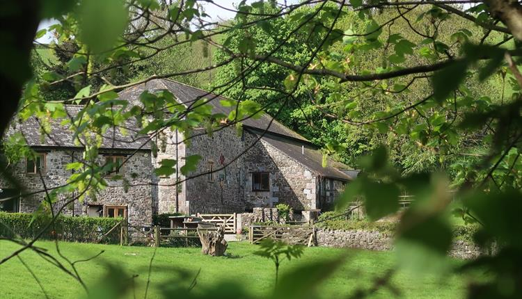 Lurcombe Farm Cottages