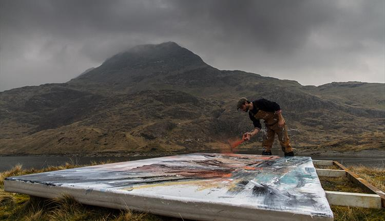 Course: Frost and Fire: Experimental Landscape Painting with Anthony Garratt