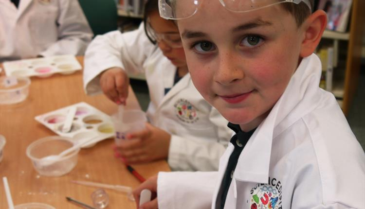 Sunday Science Club - Paper Caper Science
