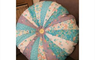 Sewing a Sprocket Cushion Cover